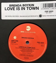 BRENDA BOYKIN - LOVE IS IN TOWN (ONE WORLD) Mint Condition.