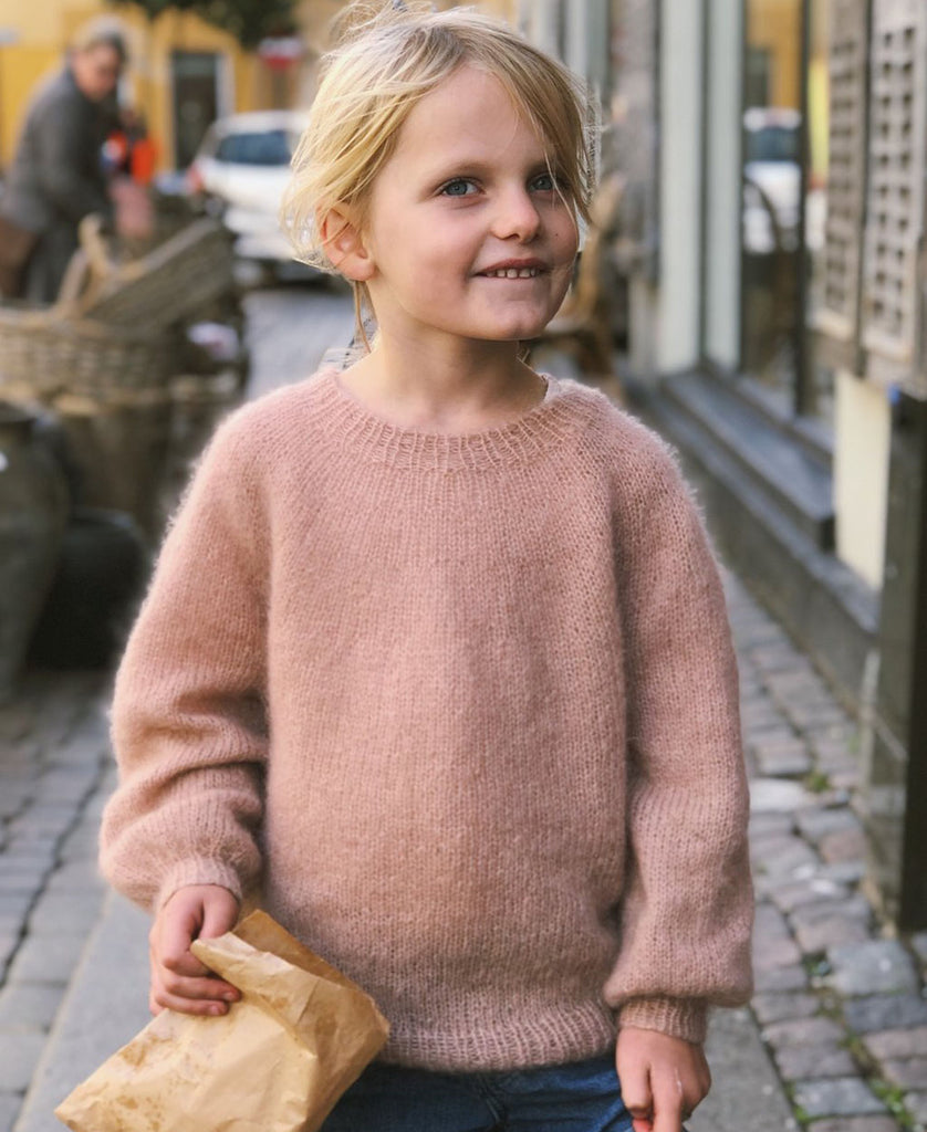 Novice Sweater Junior - Mohair Edition PetiteKnit - Garnkit