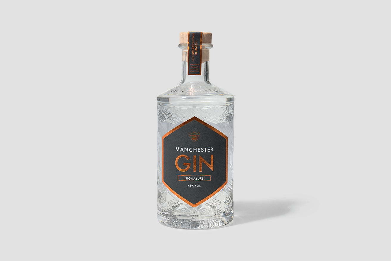 MANCHESTER GIN TRADITIONALLY DISTILLED 42% 500 ML.