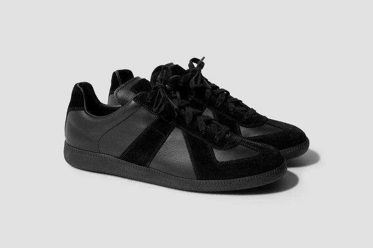 REPLICA LOW TOP S57WS0236 P1897 Black