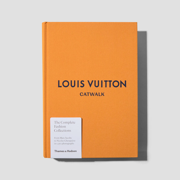 LOUIS VUITTON CATWALK TH1018