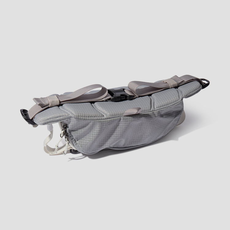 BLACK HOLE WAIST PACK 5L 49281 Light grey
