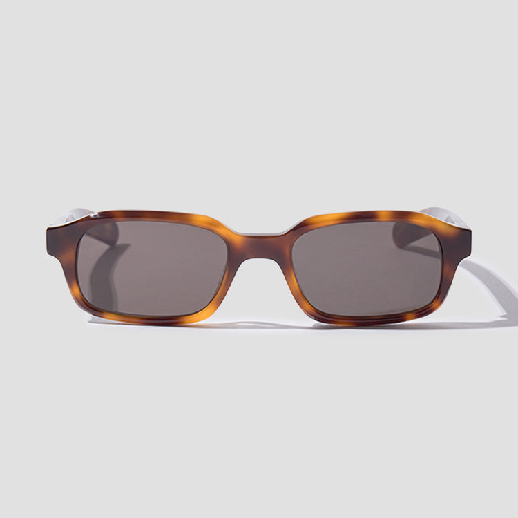 HANKY - TORTOISE FRAME / SOLID BLACK LENSES 005 699 Brown
