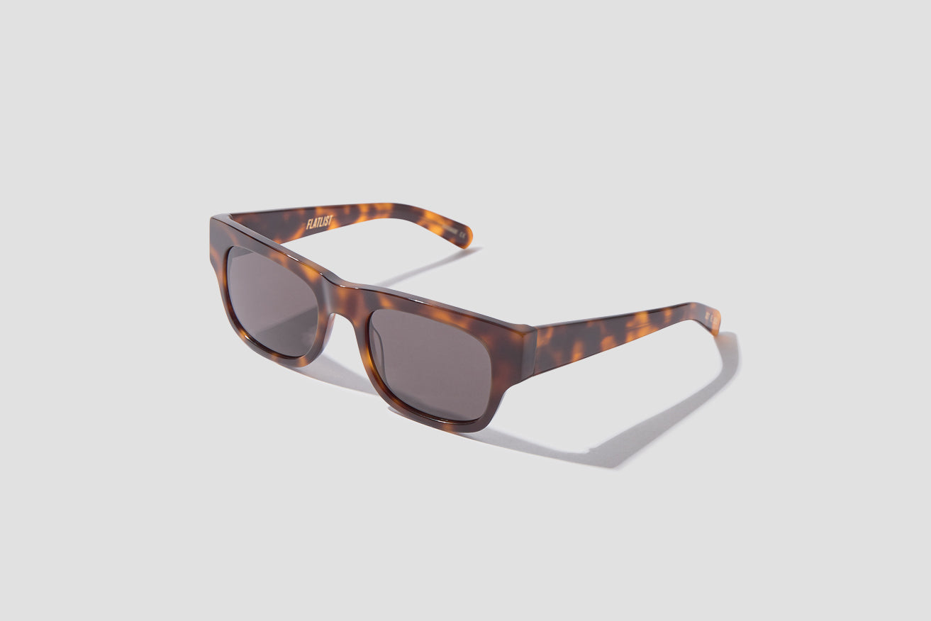 FLAT - TORTOISE / SOLID BLACK LENSES 007 699 Brown