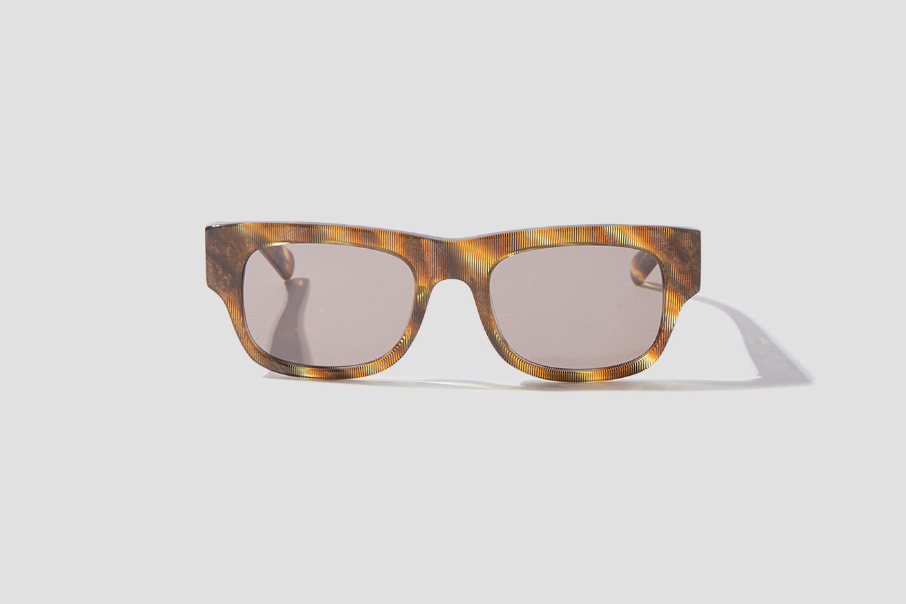 FLAT - SHIMMERY HORN BROWN / BROWN GRADIENT LENSES 007 215 Brown
