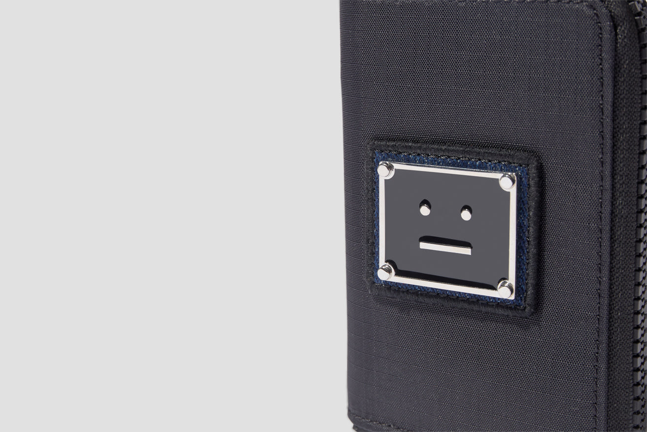 ACTON PLAQUE FACE C80057 Black