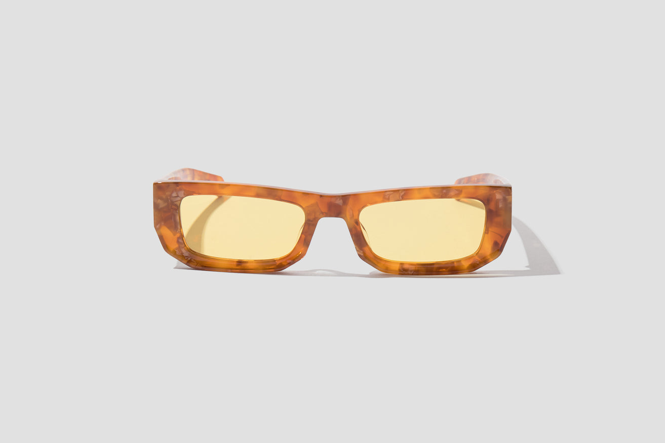 BRICKTOP - FANCY AMBER TORTOISE / SOLID YELLOW LENS 010 823 Light brown