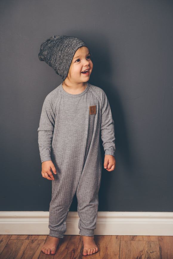 RAGLAN ONESIE - STEVIE (Light Grey)