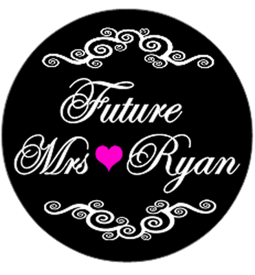 Future Mrs Hen Party Personalised Badge Black