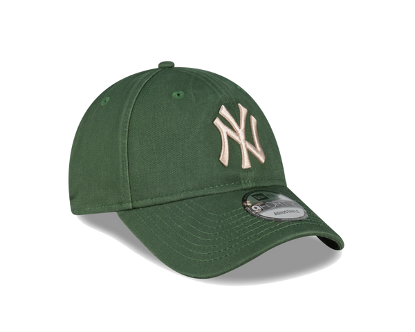 New Era 9Forty Clothstrap Wash Cilantro New York Yankees
