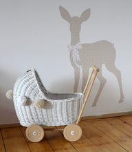 LiLu Wicker Dolls Pram White