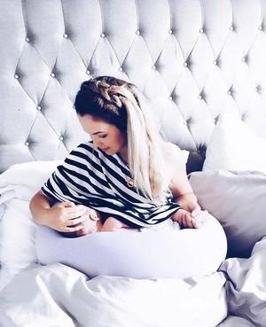 Brand Highlight >> BBHUGME the Mother of all Pregnancy Pillows