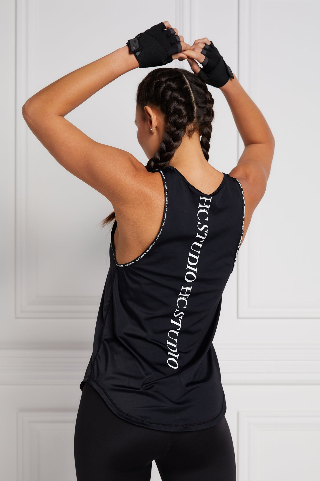 Studio Loose Fit Vest (Black)