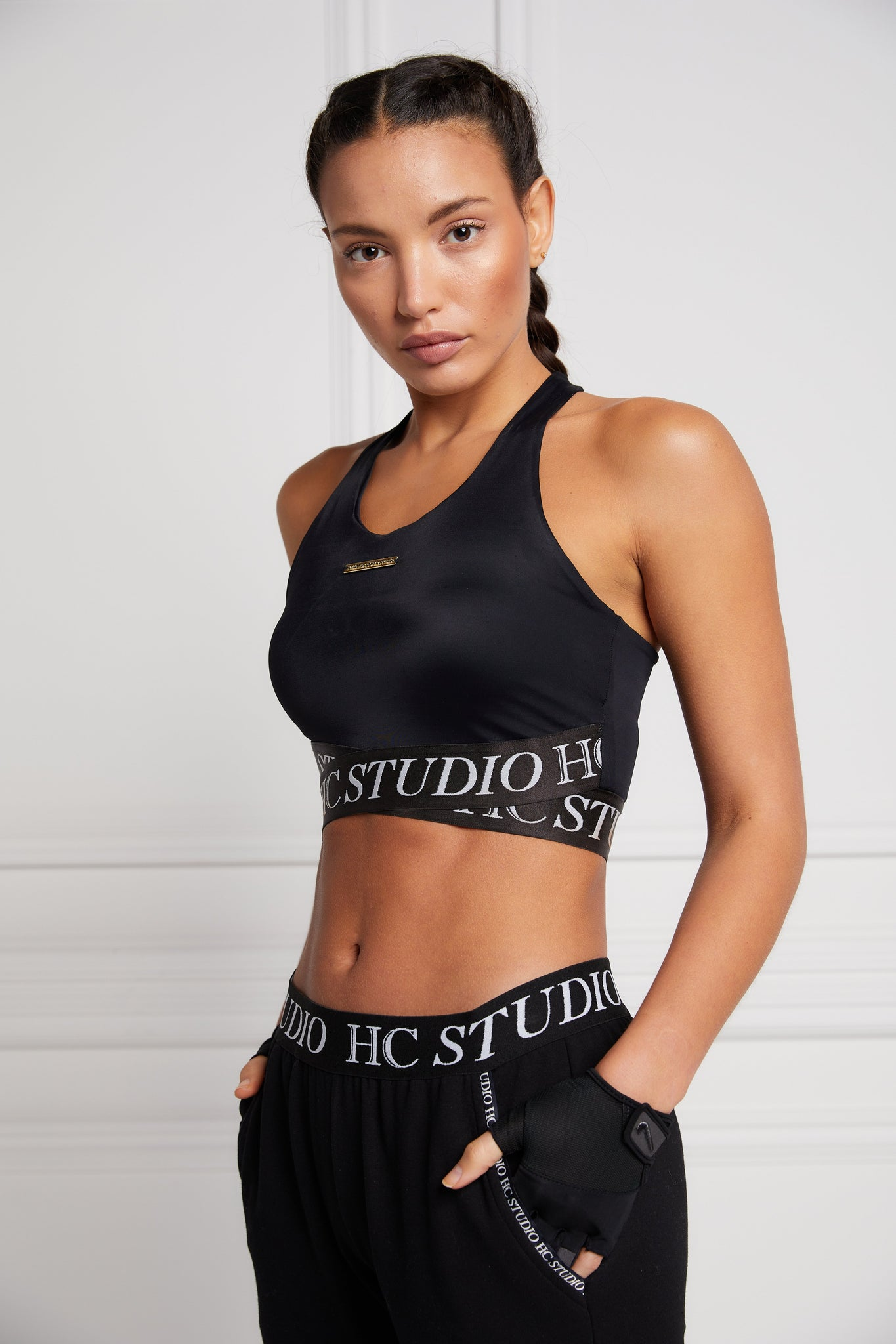 Studio Cross Over Crop (Black)