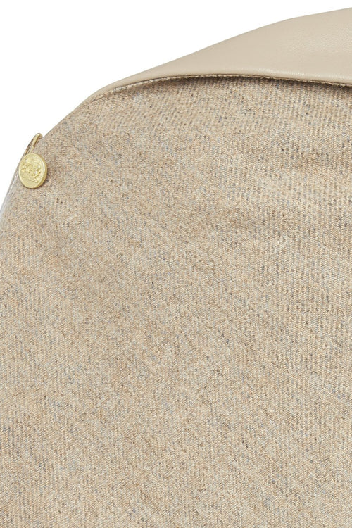Tweed and Leather Collar Wrap (Malt)