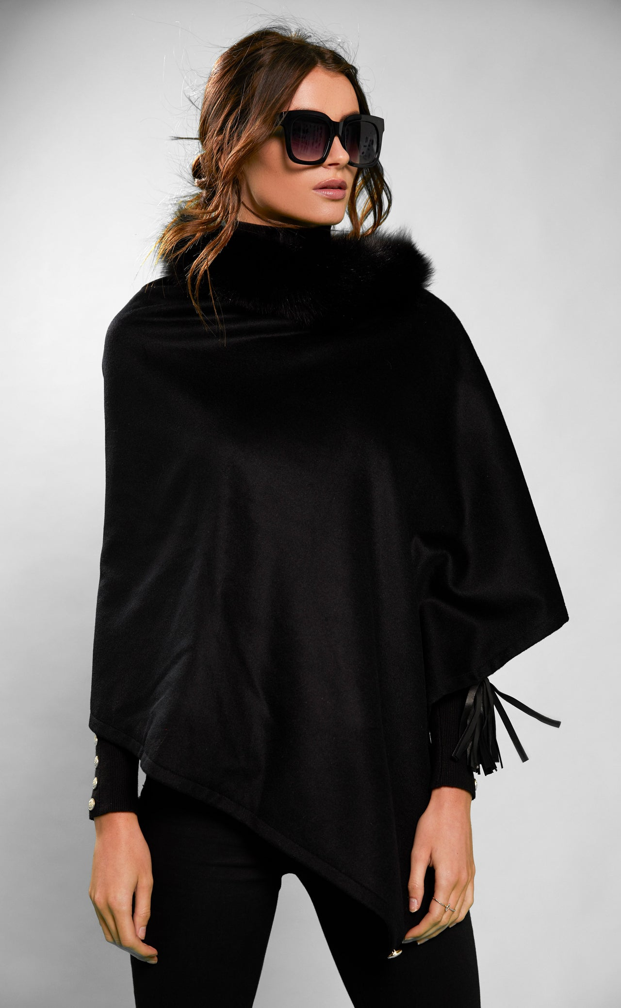 Tweed and Fur Wrap (Black/Black)