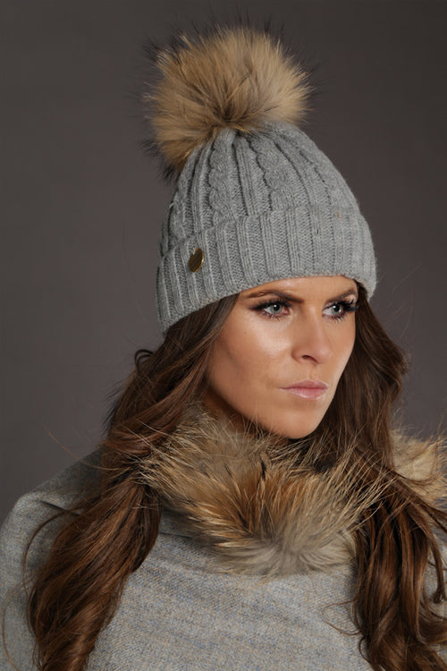 Cable Knit Fur Bobble Hat (Grey)