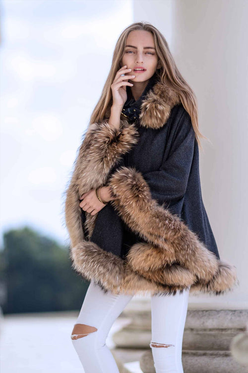 Gold Label Fur Cape (Navy Duke)