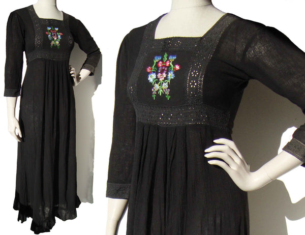 Vintage 70s Indian Dress Black w/ Embroidered Florals Maxi S / M