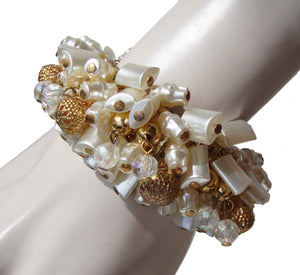 Vintage 60s Baroque Pearl Beaded Stretch Bracelet