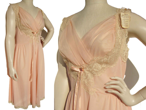 Vintage 60s Pink Nightgown Vanity Fair Shelf Bust Chiffon Nightie Sz 38 – Deadstock w/ Tag