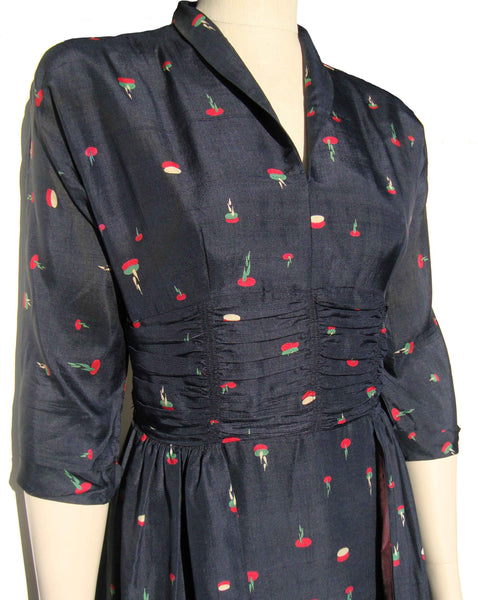 40s Novelty Print Dress - Metro Retro Vintage