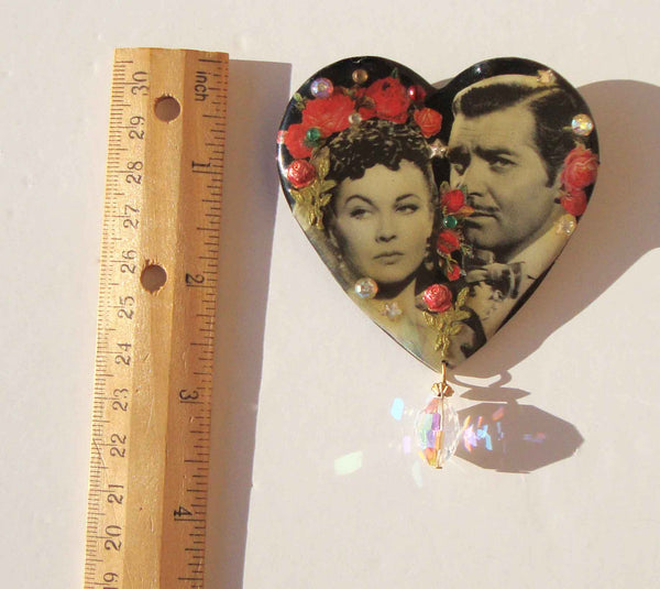 Gone with the Wind Brooch DftD
