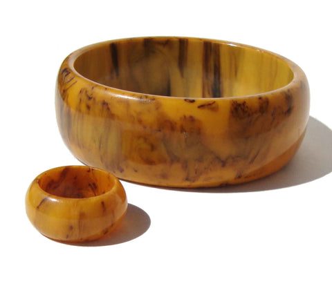 Vintage Mississippi Mud Bakelite Bangle & Ring Set