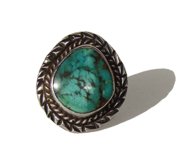 Close Up of Vintage Navajo Turquoise Ring