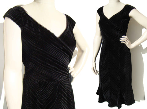 Vintage Betsey Johnson Dress Black Velvet Cocktail LBD Sz M