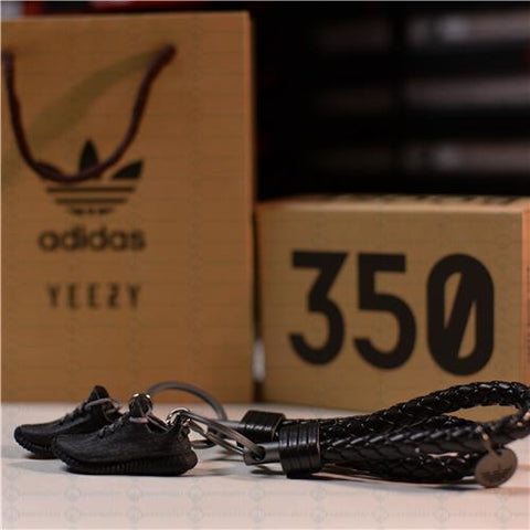 "Adidas Yeezy 350 V1 ""Pirate Black"" 3D Mini Sneaker Keychain with Box and Bag"