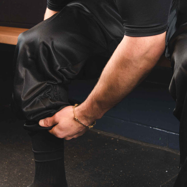 Bauer Hockey Referee Pants Integrated Girdle Close