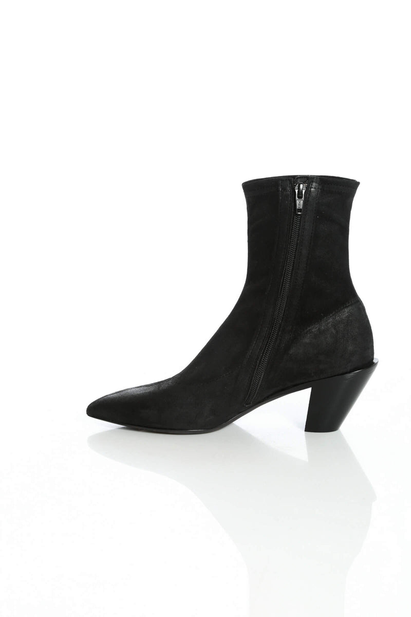 Black lambsuede ankle boots by A.F.Vandevorst
