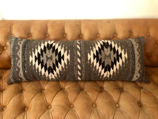 Lumbar Pillow #09