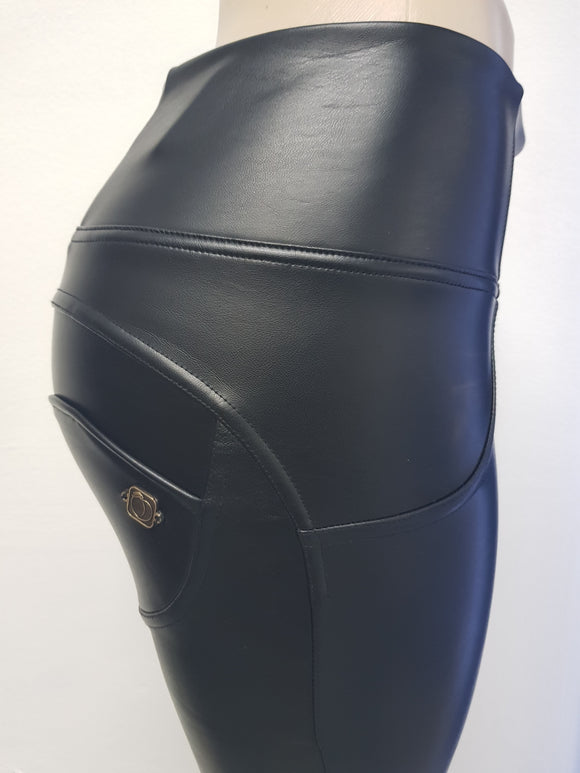 Peaches Special Edition Leather Pants High waist (Pre-order) - Merchant Hunter