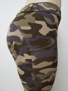 Peaches Special Edition Camo Low/reg waist shaping pants (FS) - Merchant Hunter