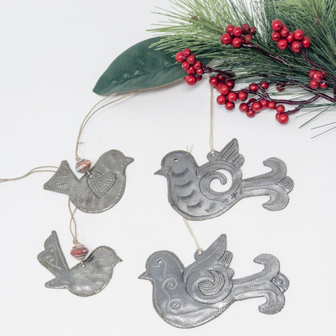 Family of Birds Ornament Metal Art Set