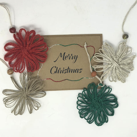 Merry Christmas Greeting Card + Daisy Ornament Set