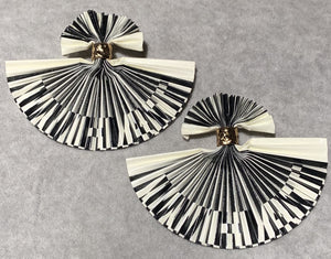 "Black & Ivory ""What"" Lenticular Fan Earrings"