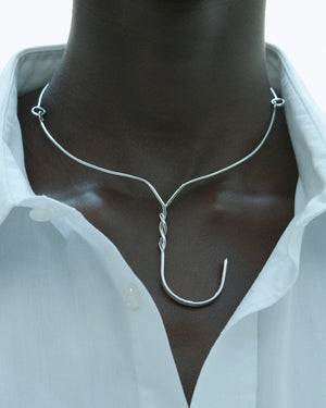 D'HEYGERE HANGER BIB NECKLACE