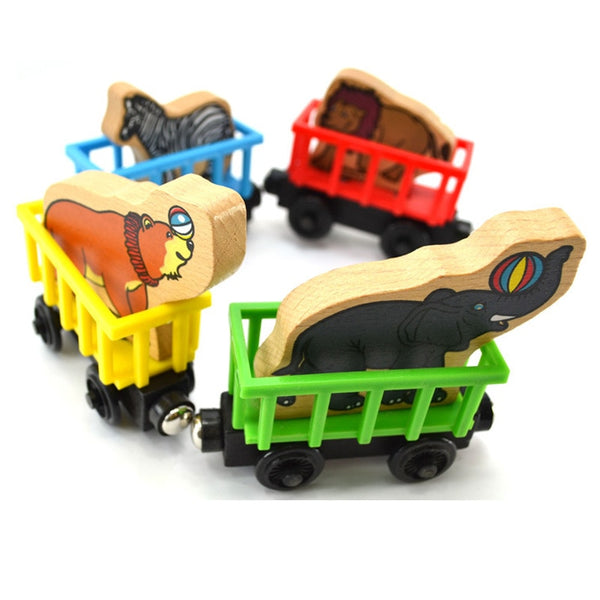 4pcs/set Thomas and Animals Elephant Lion Horse Wooden Trains Model Toy Magnetic Train Kids Christmas Toys Gifts for Children