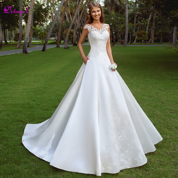 Detmgel Romantic Scoop Neck Backless A-Line Wedding Dresses 2019 Cap Sleeves Appliques Satin Court Train Bridal Gowns Plus Size