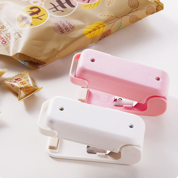 1Pcs Mini Portable Vacuum Food Sealer Heat Sealing Machine Impulse Bag Sealer Seal Machine Plastic Bags Sealing Tools