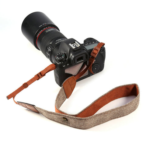 Vintage belt camera strap for DSLR cameras