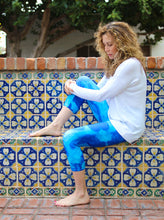 Load image into Gallery viewer, Blue Marble - Capri Leggings