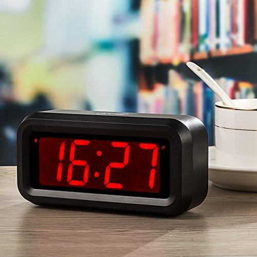 Kwanwa LED Digital Alarm Clock Battery Powered Only Small for Bedrooms/ Wall/Travel With Big 1.2'' Red Digits