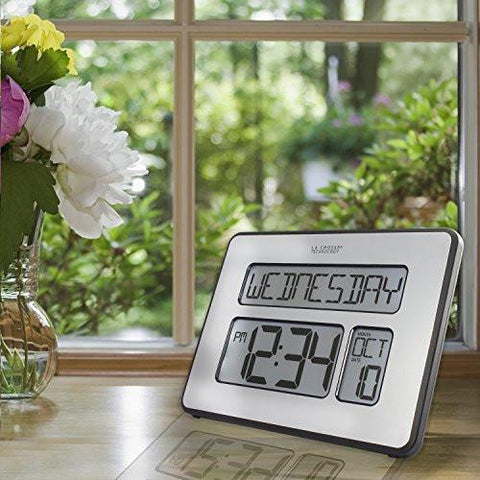La Crosse Technology 513-1419BL-INT Backlight Atomic Full Calendar Clock with Extra Large Digits - Perfect Gift for the Elderly