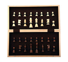 Load image into Gallery viewer, Kangaroo's Folding Wooden Chess Set With Magnet Closure