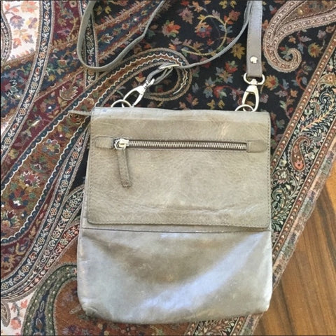 Mauricio Taiuti Gray Leather Crossbody Handbag Purse