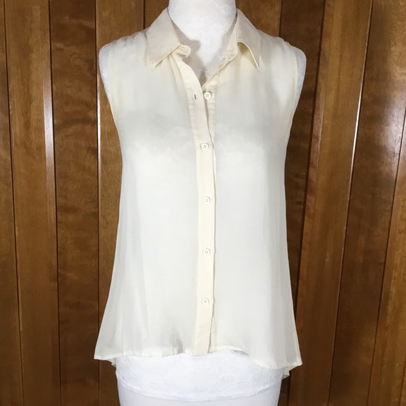 Elizabeth and James Sheer Cream Sleeveless Blouse Size XS NWT